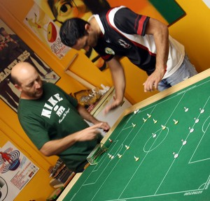 The clash of the Italians - Tony (l) vs Daniele (r).